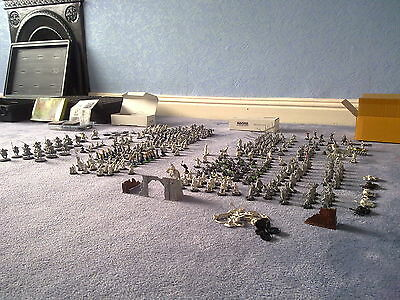 Lord of The Rings Warhammer Metal Warriors