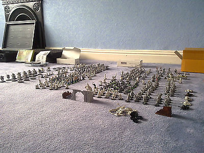 Lord of The Rings Warhammer Plastic Warriors