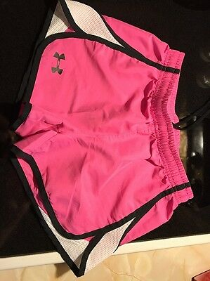 Girls Under Armor Youth Medium Short