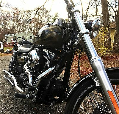 2015 Harley-Davidson Dyna  2015 HARLEY-DAVIDSON DYNA WIDE GLIDE – FXDWG