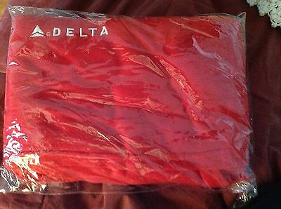 DELTA AIRLINES Business First Class LOGO RED TRAVEL BLANKET 57X42 In Bag
