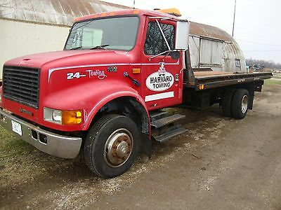 1996 International 4700 Rollback/2 Car Carrier Tow Truck (Low Reserve Price)