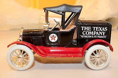 """ERTL Texaco 1918 Ford Model """"T"""" Runabout Limited Edition Coin Bank, diecast"""