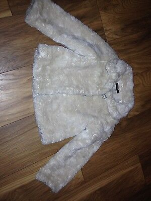 girls cream fur jacket age 5/6