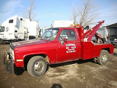1986 Chevy 3500 Tow Truck (45,000 miles/2nd Owner)