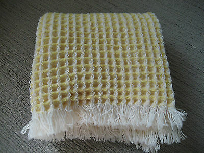 Vintage  Brynkir Virgin Wool Welsh Fringed Waffle / Honeycomb Throw 44 X 28