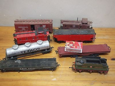 Model Train  Engine & Carriages - Bachman, Triang, Crown