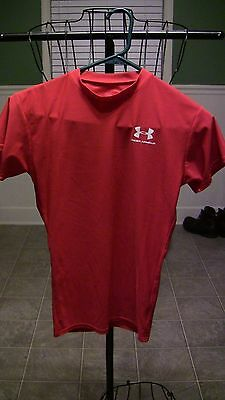 Under Armour Boys Short Sleeve Red Shirt-Size-Small