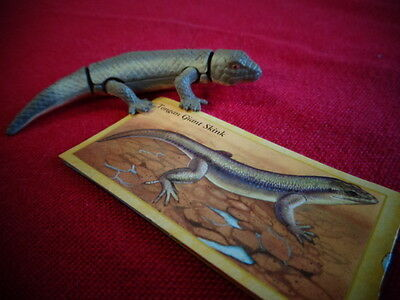 Yowies Series 9 FORGOTTEN FRIENDS B * # 27, TOGAN GIANT SKINK + PAPERS