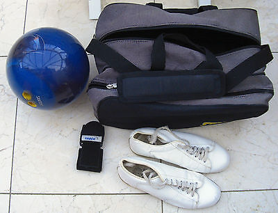Ebonite Ten Pin Bowling Ball 14lbs Right Hand with Storm Bag & Accessories