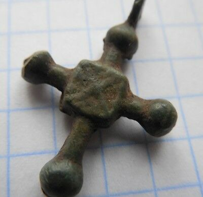 Viking period  small bronze cross 900-1200 AD VF+++