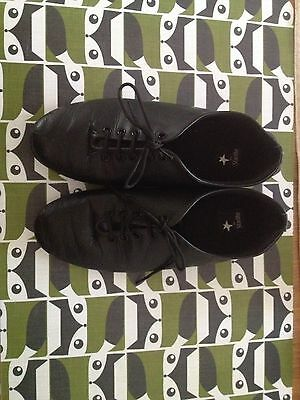 Starlite Jazz Shoes Size 2 and a half.