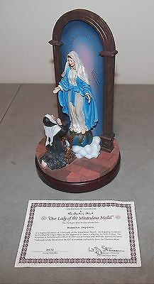 """Vtg DANBURY MINT Religious Figurine """"OUR LADY OF MIRACULOUS MEDAL"""" Virgin Mary"""