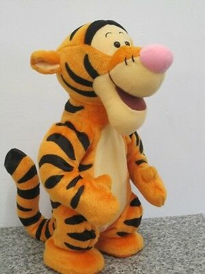 """Talking Bouncing Jumping Tigger Lge 12"""" Winnie The Pooh Soft Toy By Mattel 1998"""
