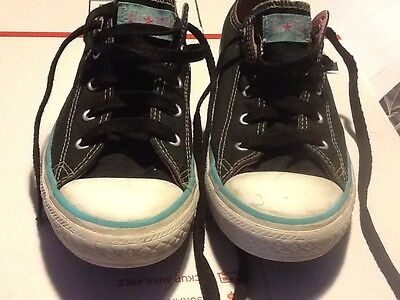 Girls Converse Low Size 3 Black Pink and blue trim
