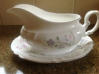 Royal Standard Forget me not China gravy /sauce boat and saucer - VGC