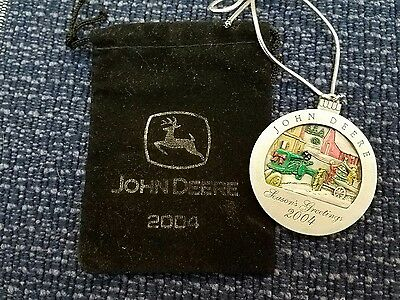 2004 John Deere Tractor Collectable Christmas Ornament