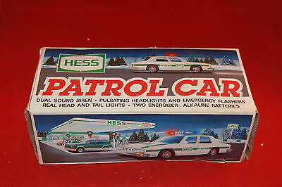 Hess patrol car 1993 with box for parts
