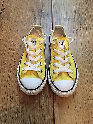 Kids Converse All Star size 10.5 - Yellow
