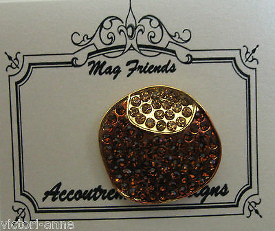 Accoutrement Designs Buckeye Ohio Needle Minder Magnet Mag Friends
