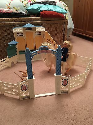 Barbie Stables 1990's