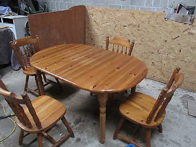 farmhouse style pine extendable table and 4 chairs