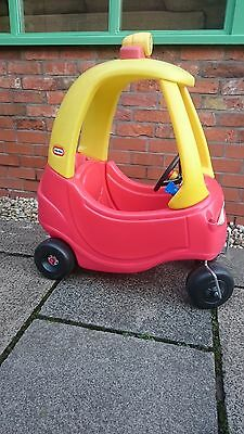 Little Tikes Red and Yellow Cosy Coupe Childs Ride -on Car