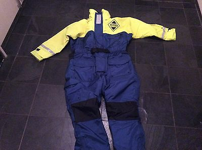 Fladden floatation fishing suit size XL new