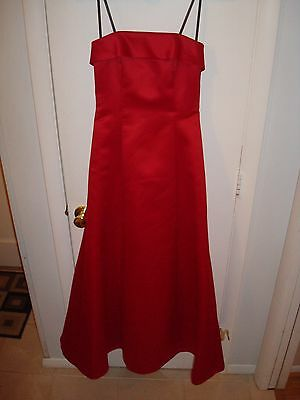 Women's Size 3/4 Red Strapless Gown Formal Bridesmaid Prom Dress