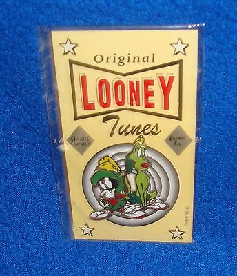 Looney Tunes Marvin the Martian and K9 Pin Sealed