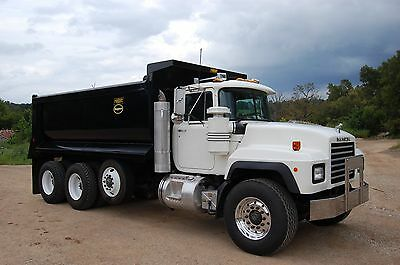 2000 Mack RD688S Dump Truck Completely Restored With New Rock Bed
