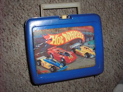 NICE Vintage 1989 MATTEL HOT WHEELS LUNCHBOX with two Original Thermos Free S/H