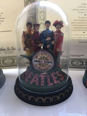 Franklin Mint - The Beatles 'Sgt Peppers' Glass Dome Model - Collectable