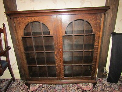 Oak Bookcase/display Cabinet