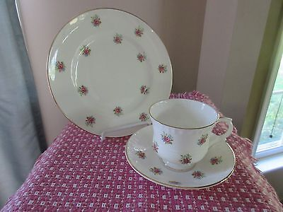 MAJESTIC CHOICE England Floral Roses Bone China Trio Cup Saucer Dessert Plate