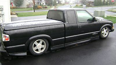 2001 Chevrolet S-10 ls xtreme 2001 s-10 truck bagged