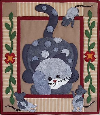 Rachel's of Greenfield Spotty Cat Quilt Kit
