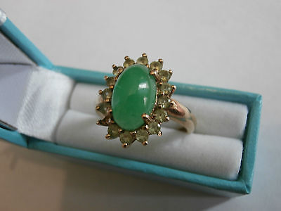 Fine 9ct gold ring clear and green stone hallmarked