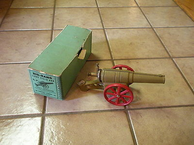 VINTAGE CAST IRON  Big Bang Light Field GUN- NO. 6F-MADE IN U.S.A WITH BOX.