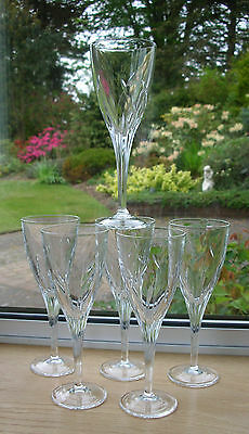Set of 6 CRYSTAL WINE GLASSES with CUT STEM & BULLRUSHES