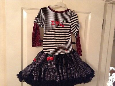 Stunning Little Darlings outfit