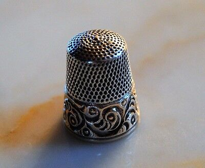 ESTATE Antique Sterling Silver Thimble Size 9 Scrolling Fern Fronds HALLMARK