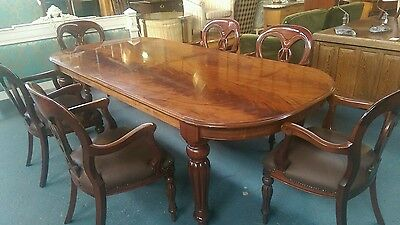 Beautiful Flame Mahogany Dining Table And Matching Set Of 6 Chairs