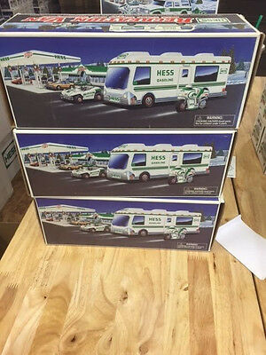 Look! 1998 Hess truck - RV with Motorcycle
