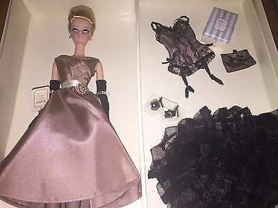 2006 Barbie Doll HIGH TEA AND SAVORIES GIFT SET Model Silkstone NRFB Gold LABEL