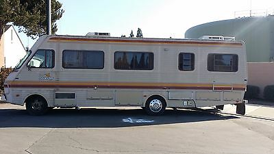1987 Fleetwood Bounder 34' Class A Rv Motorhome - Sleeps 6 - Low Miles - Nice
