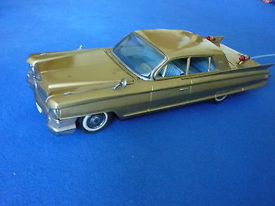 Bandai Cadillac Golden - Blechspielzeug -  Large Tin Toy R/C Remote control