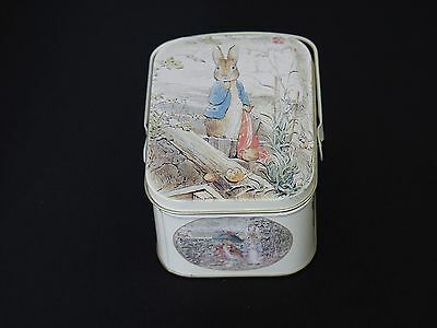 Beatrix Potter Peter Rabbit decorative tin with lid and carry handle