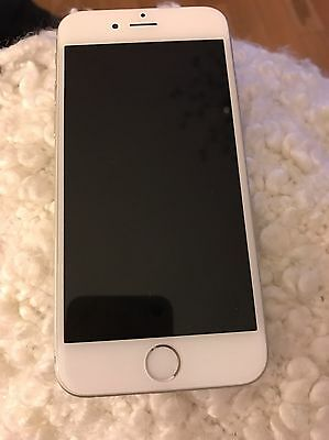 White & Silver iPhone 6 16gb Unlocked. Excellent Condition