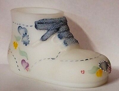 Fenton Hand Painted White Baby Shoe Bootie Booty (6.1)